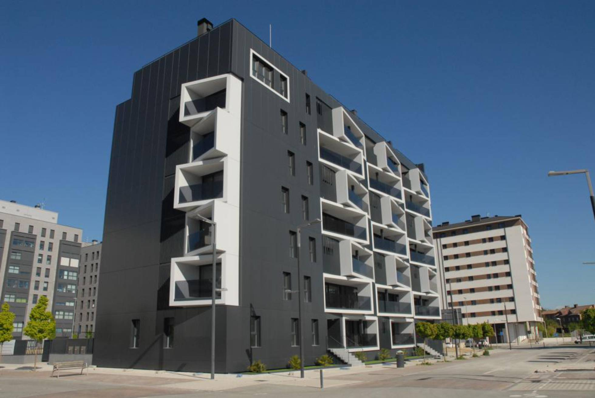 Primer bloque de viviendas español Passivhaus